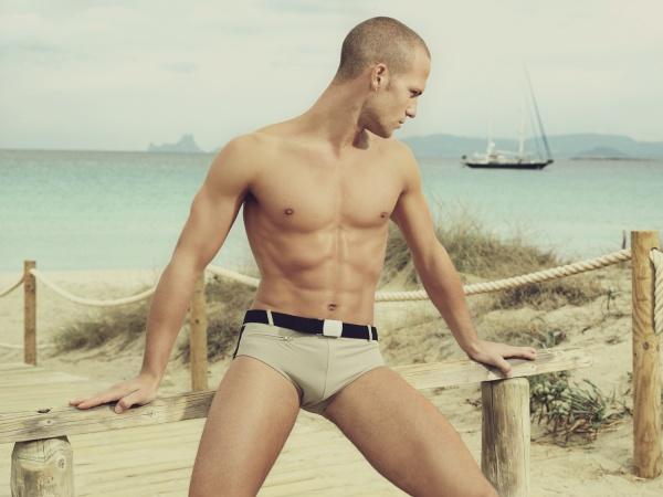 beachwear man 10
